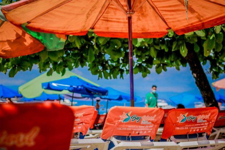 Isla Tortuga Beach Loungers