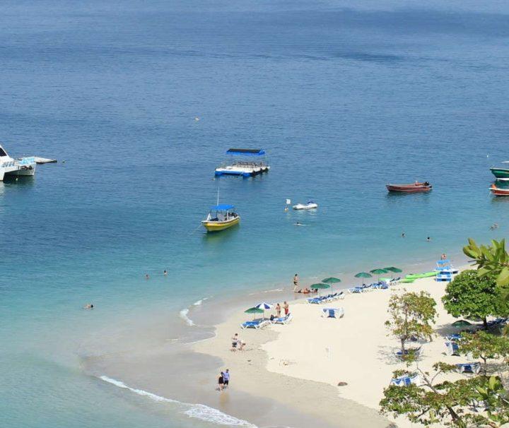 Isla Tortuga Full Day Tour Costa Rica
