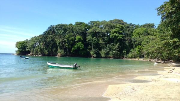 Punta Ova Beach Limon